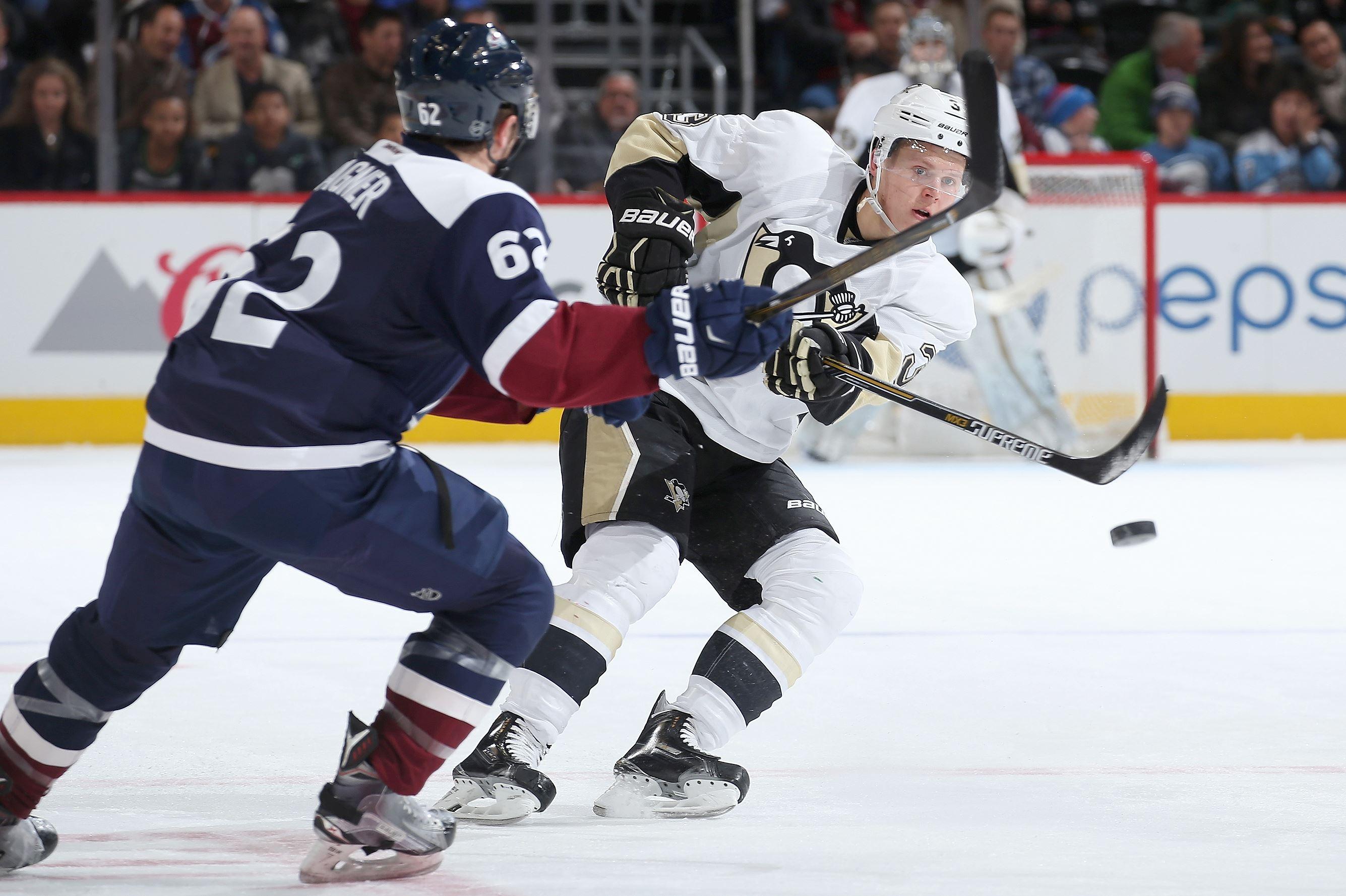 Landeskog's OT winner lifts Avalanche by Penguins 4-3