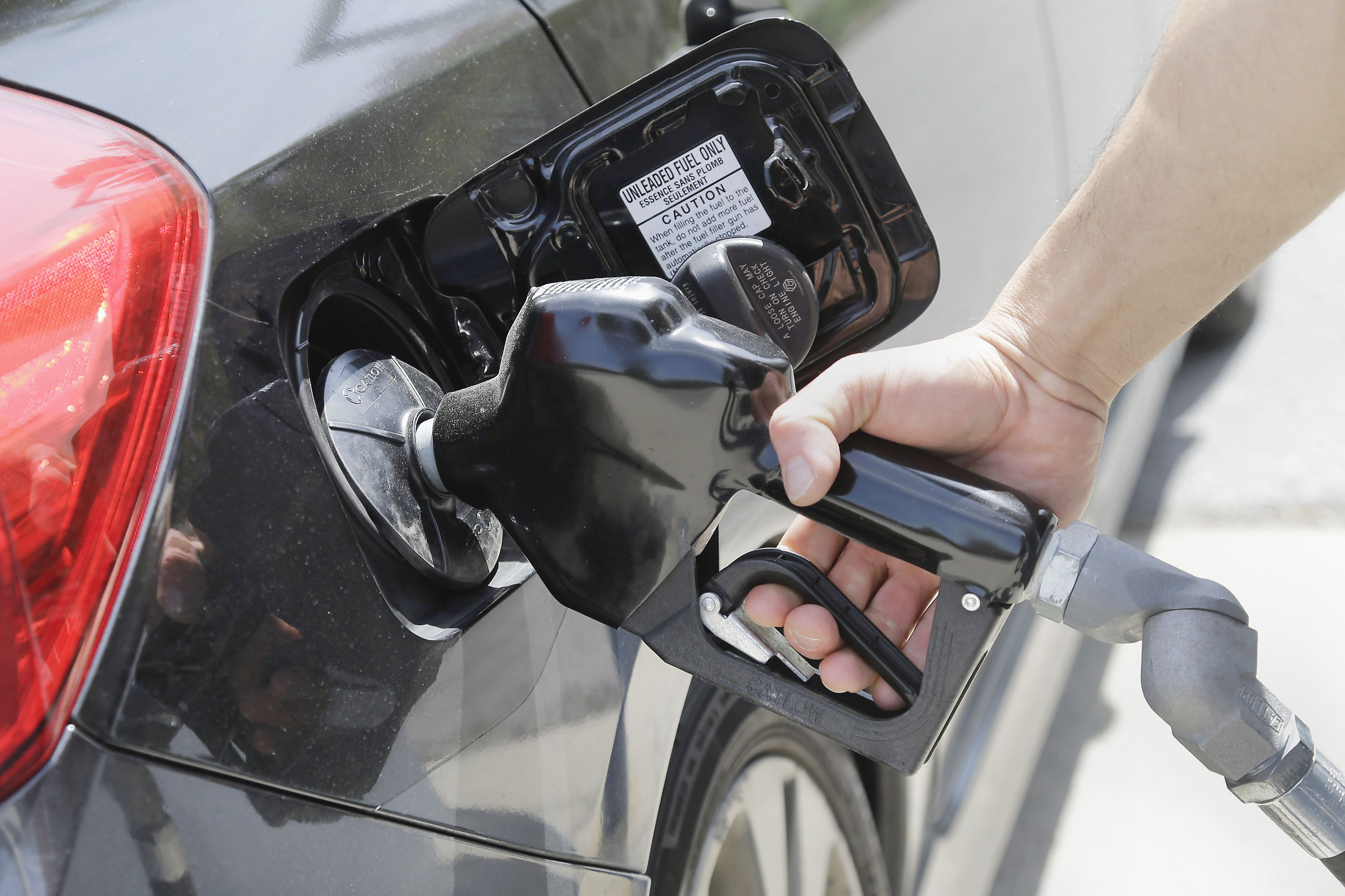 Two Dollar Gasoline The average gas prices in the Pittsburgh area dipped slightly last week.
