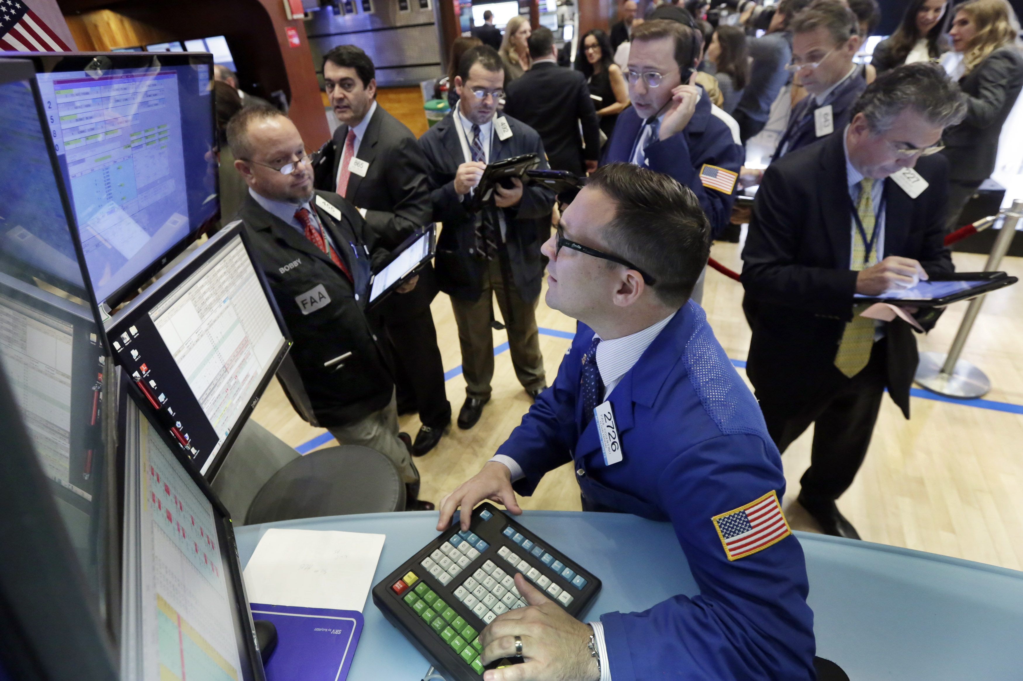 Us stocks are mixed following losses last week for 14 wall street 23rd floor