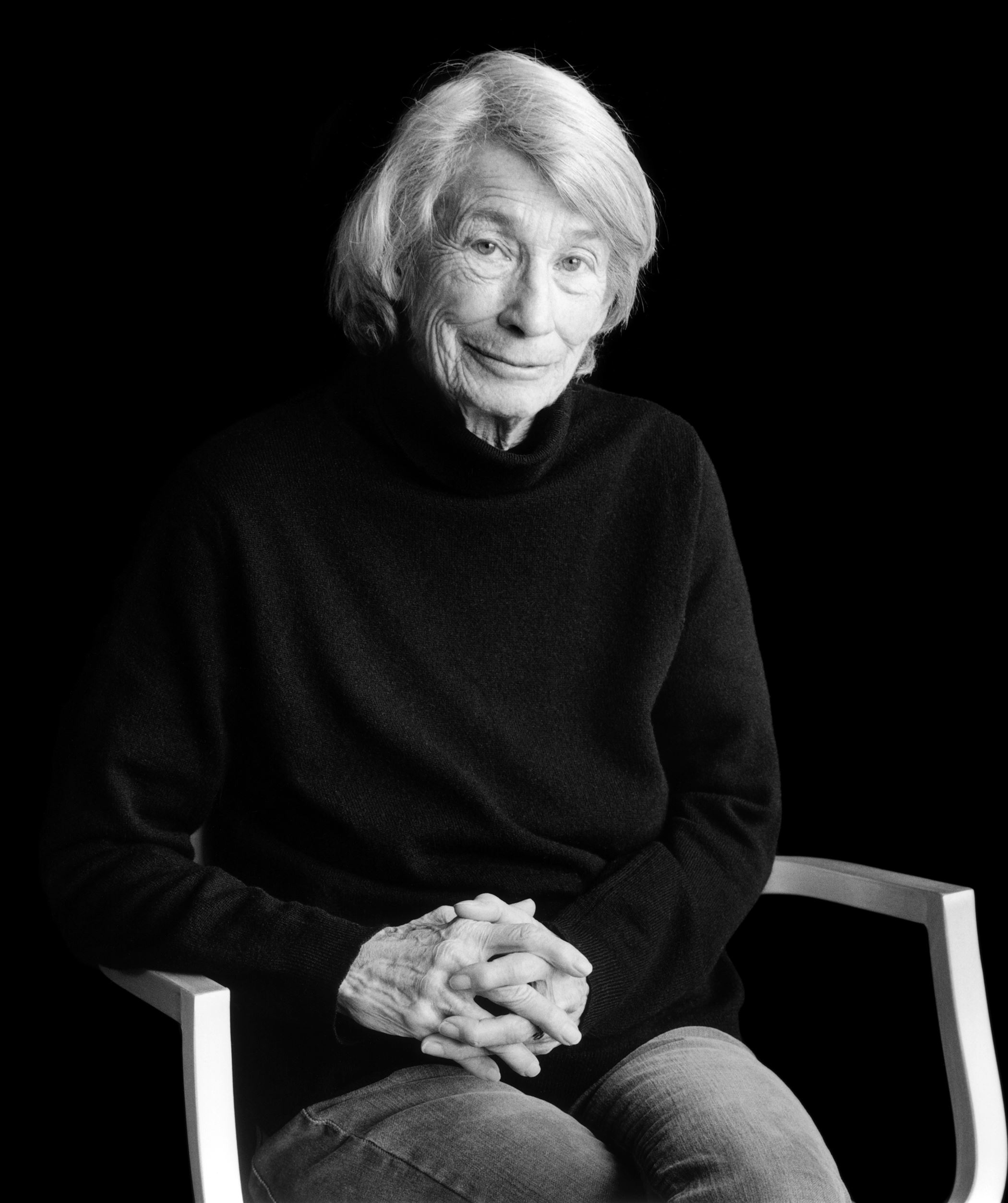 mary olivers image of nature Mary oliver was born on september 10, 1935, in maple heights, ohio as a  teenager, she lived briefly in the home of edna st vincent millay, where she  helped.