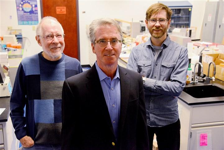 photo of Alan Waggoner, Scott Sneddon and Marcel Bruchez