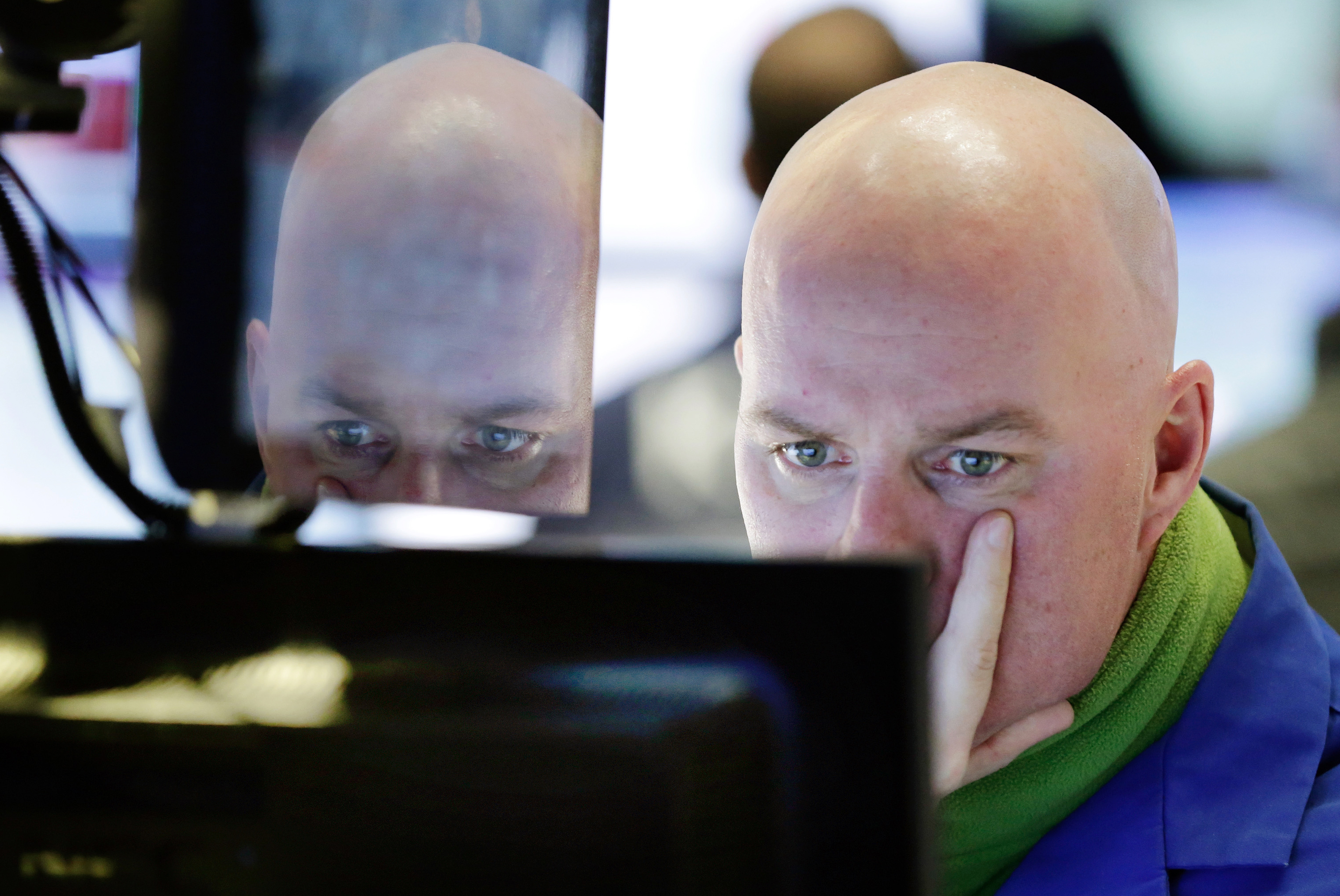 US Stocks Slide Again as China Woes Lead to Global Selling