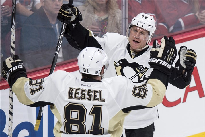 Penguins Canadiens Hockey  Pittsburgh Penguins' Patric Hornqvist celebrates his goal against the Montreal Canadiens with teammate Phil Kessel during the second period of a game Saturday, Jan. 9, 2016, in Montreal.