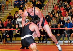 Moon's Nathan Barcaskey, standing, qualified for the PIAA tournament last year.