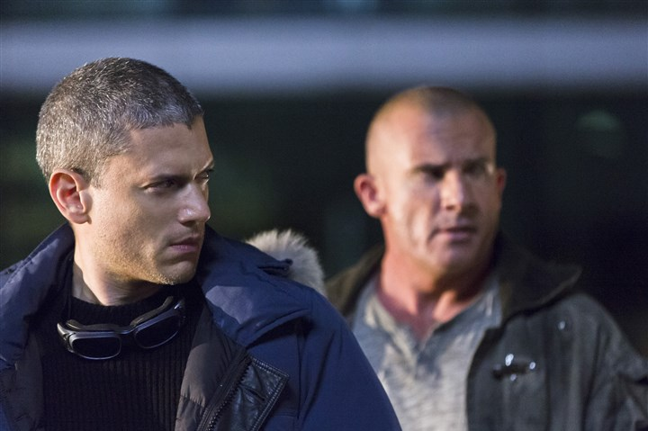 "20160111HOLegends Wentworth Miller, left, stars as Leonard Snart/Captain Cold and Dominic Purcell is Mick Rory/Heat Wave in The CW's ""DC's Legends of Tomorrow."""