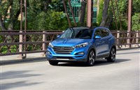 The Hyundai Tucson was among four small SUVs that performed the best in recent headlight tests.