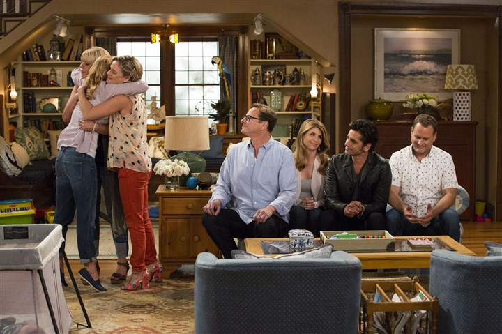 "fuller house 1 The cast of the '90s sitcom, including Bob Saget, Lori Loughlin, John Stamos and Dave Coulier, reunites for ""Fuller House."""