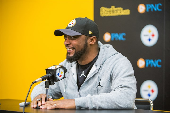20160120arTomlinNewsConf02-1 Pittsburgh Steelers coach Mike Tomlin speaks to the media during his final weekly press conference of the season at the Steelers South Side training facility on January 20, 2016.