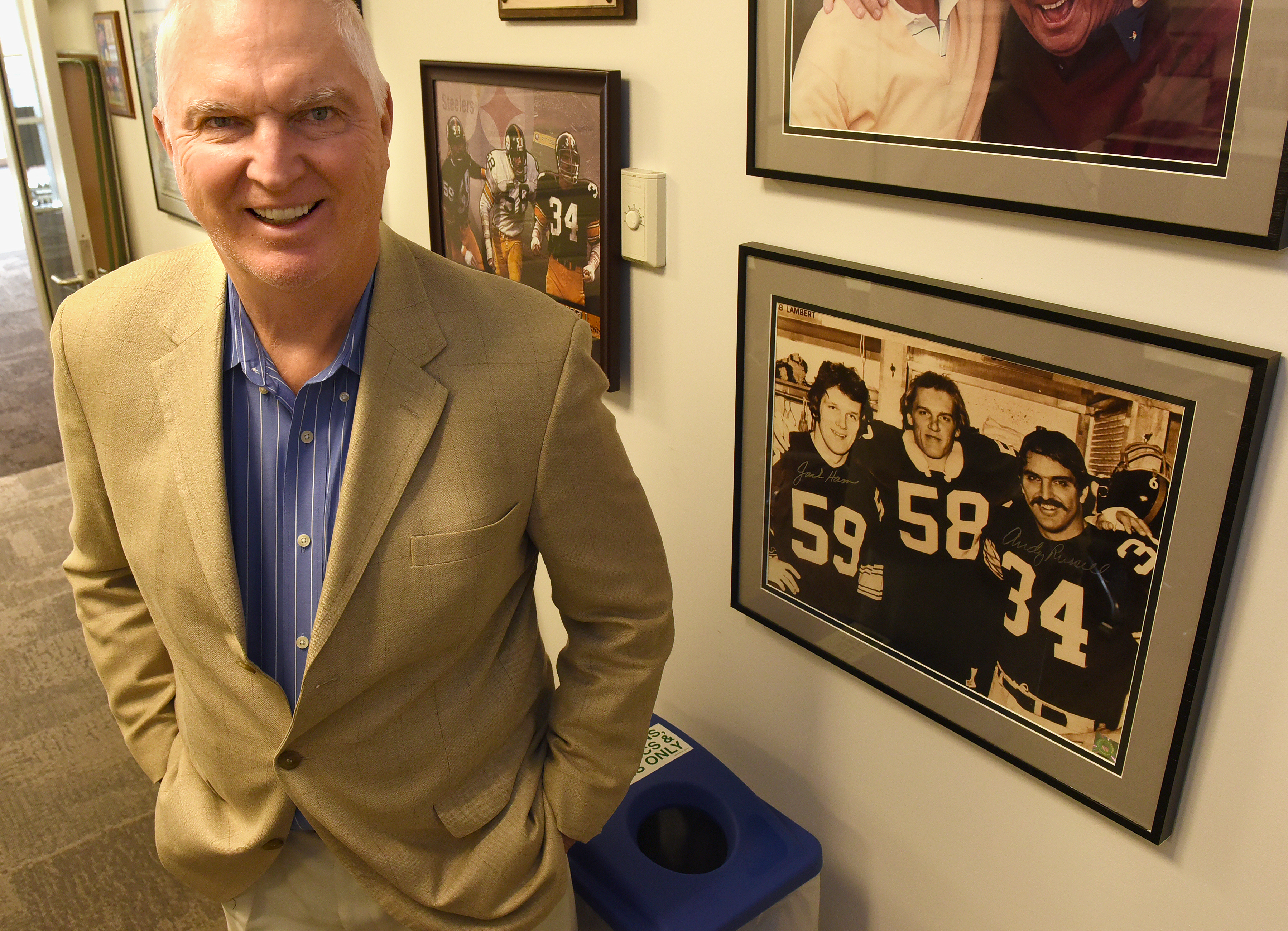 20151209radRussellSports01 Former Steelers linebacker Andy Russell in his Pittsburgh office.