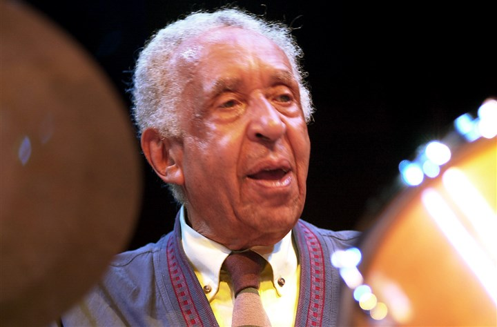 Joe Harris Joe Harris, 89; legendary jazz drummer