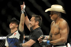 Donald Cerrone, right, beat Alex Oliveira in their UFC Fight Night bout on Feb., 21, 2016, held at  then-named Consol Energy Center. The UFC will be returning to Pittsburgh in September.
