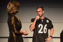 Pittsburgh Dad speaks next to Sally Wiggin.