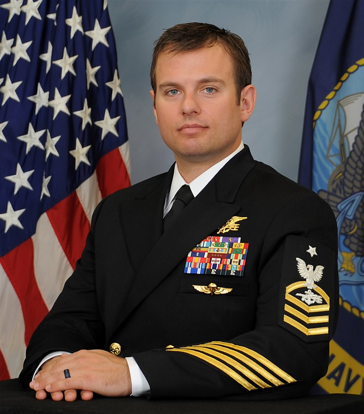 Medal of Honor-4 U.S. Navy Senior Chief Special Warfare Operator (SEAL) Edward C. Byers Jr.