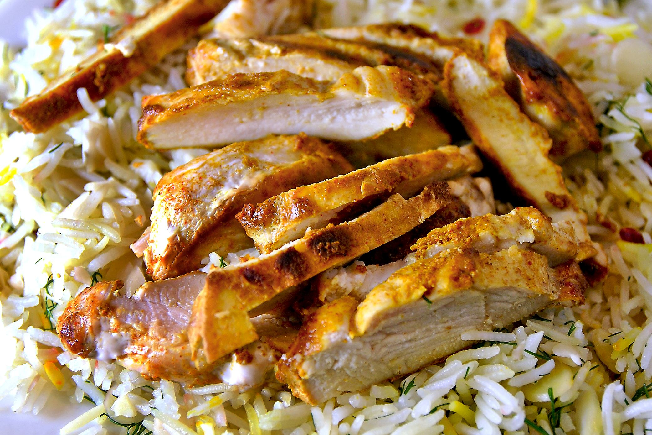 dinnerinabox0309-curry-chicken-3 Peach Dish's Curry-Spiced Chicken.