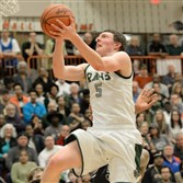 Andrew Petcash led Pine-Richland with 21 points in its victory against North Hills.