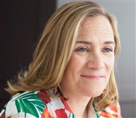 Author Tracy Chevalier.