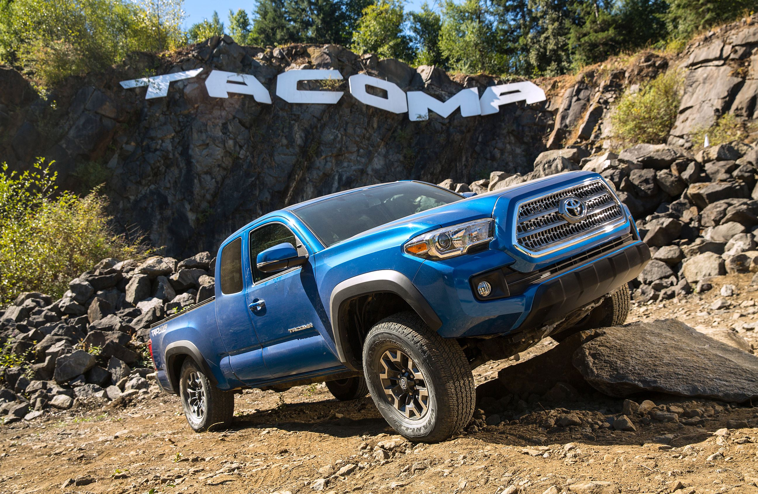 scott sturgis 39 driver 39 s seat toyota tacoma is reliable but noisy pittsburgh post gazette. Black Bedroom Furniture Sets. Home Design Ideas