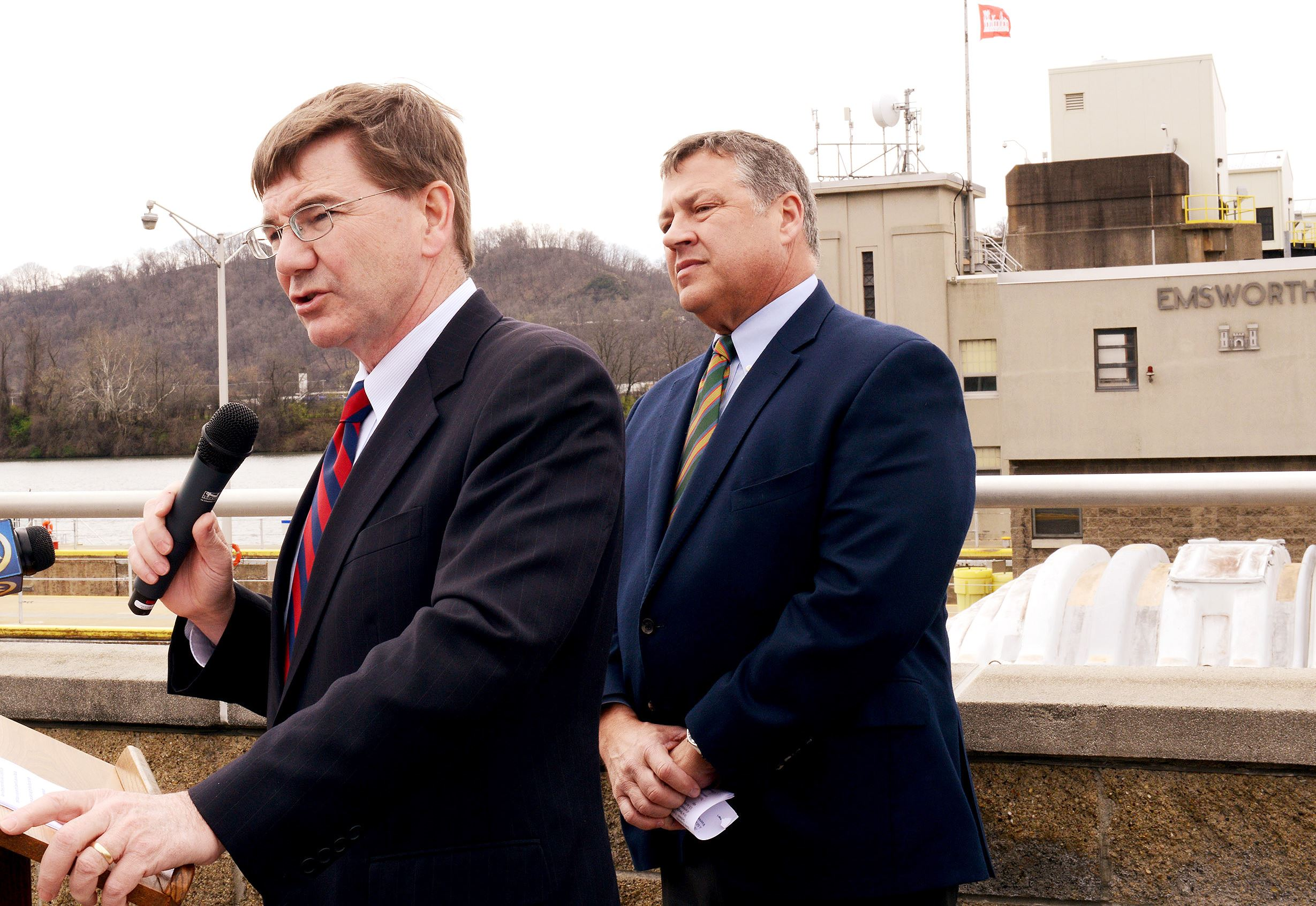 20160406ppLocks0407BIZ2-1 U.S. Rep. Keith Rothfus speaks about the importance of pressing for the completion of a long-delayed study about repairs to the Emsworth, Dashields and Montgomery locks and dams with U.S. Rep. Bill Shuster during a news event Wednesday at the Emsworth lock and dam.