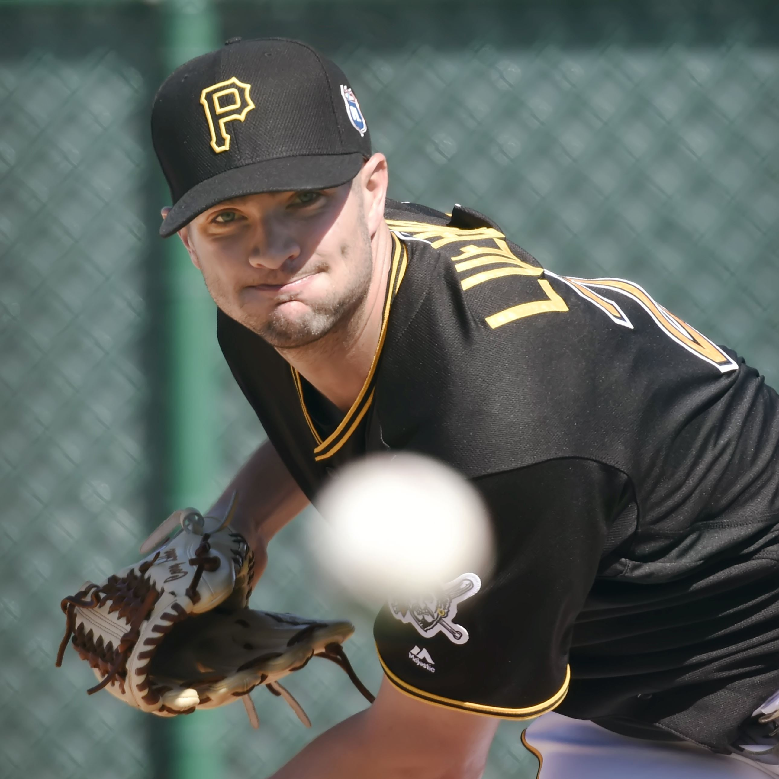 Pirates put left-hander Cory Luebke on DL because of hamstring tightness