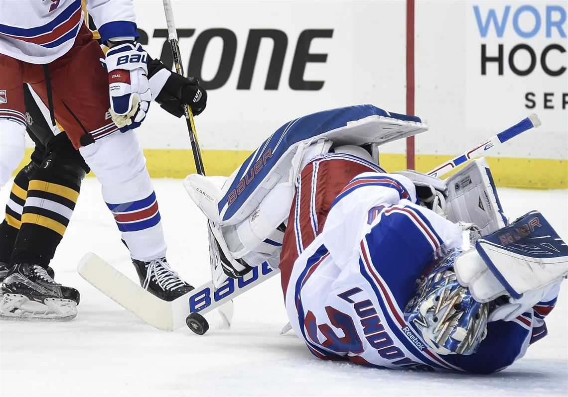 Rangers Don T Believe Goalie Lundqvist S Injury Is Anything Too