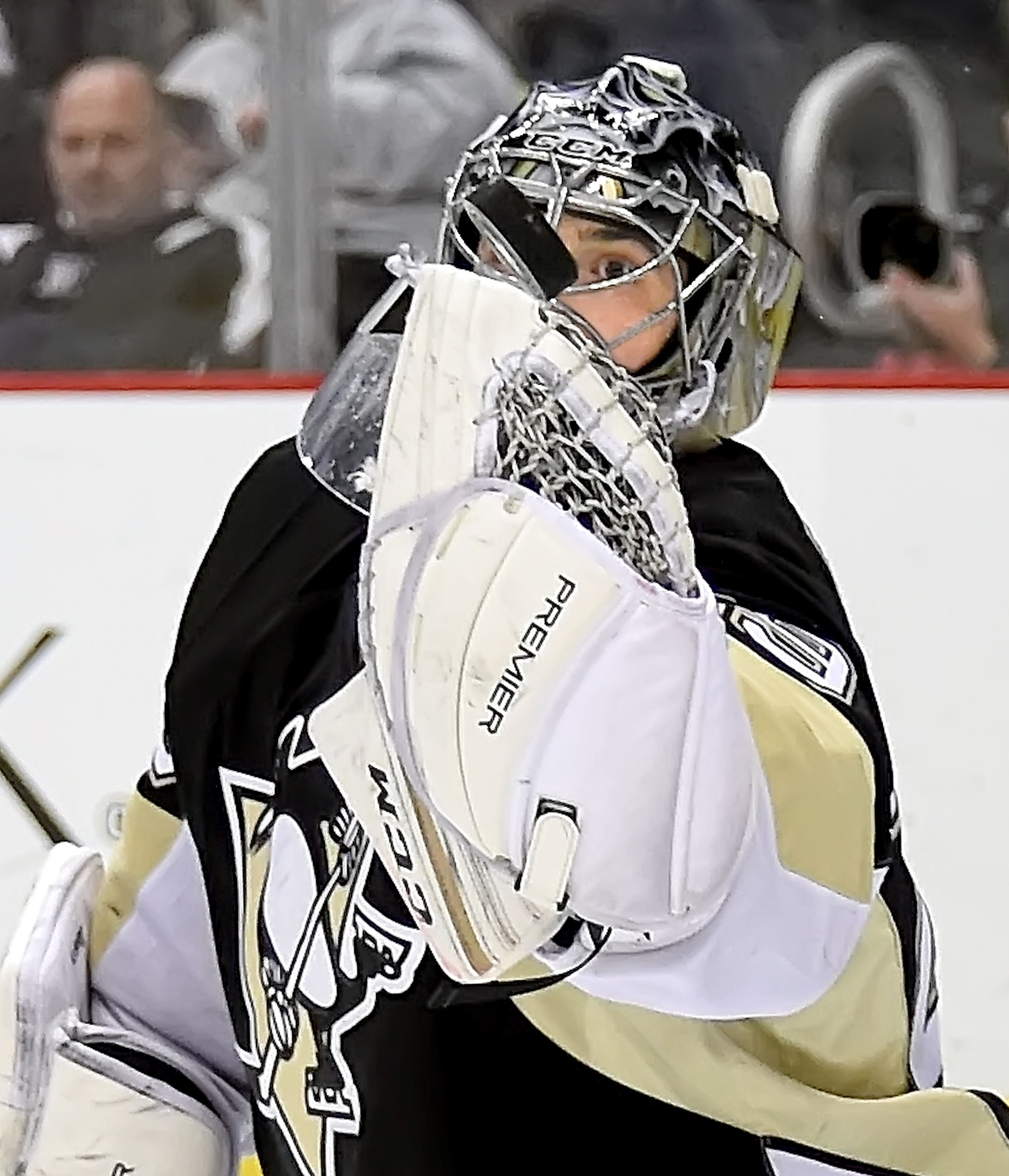 Ron Cook: Penguins goalie Marc-Andre Fleury a team man ...