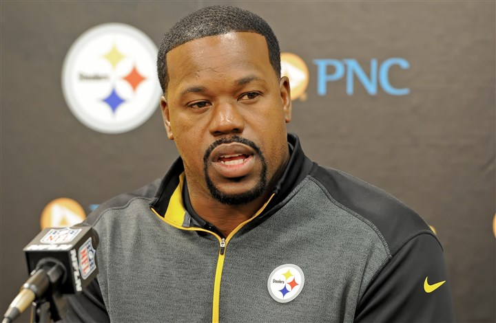 20160430mfsteelerssports01 Steelers outside linebackers coach Joey Porter.
