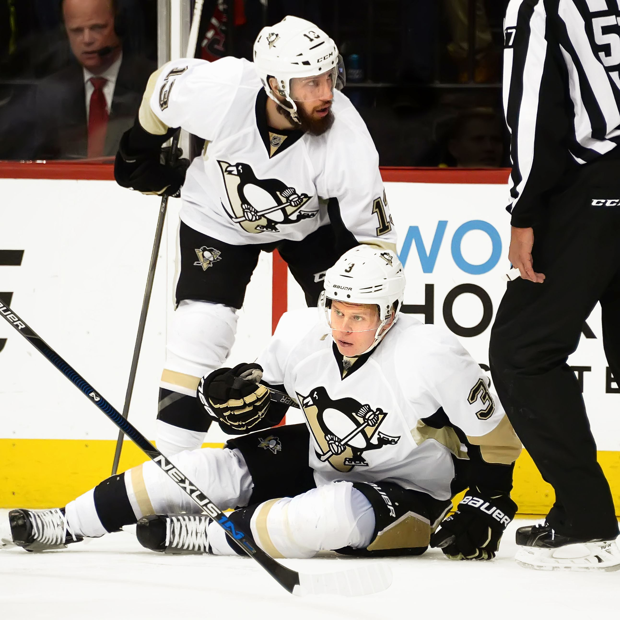 Pittsburgh Penguins: How Olli Maatta's injury changes the defense