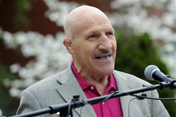 Bruno Sammartino speaks at the dedication ceremony of a new sign for South Oakland, honoring Dan Marino, Andy Warhol and himself in 2016.