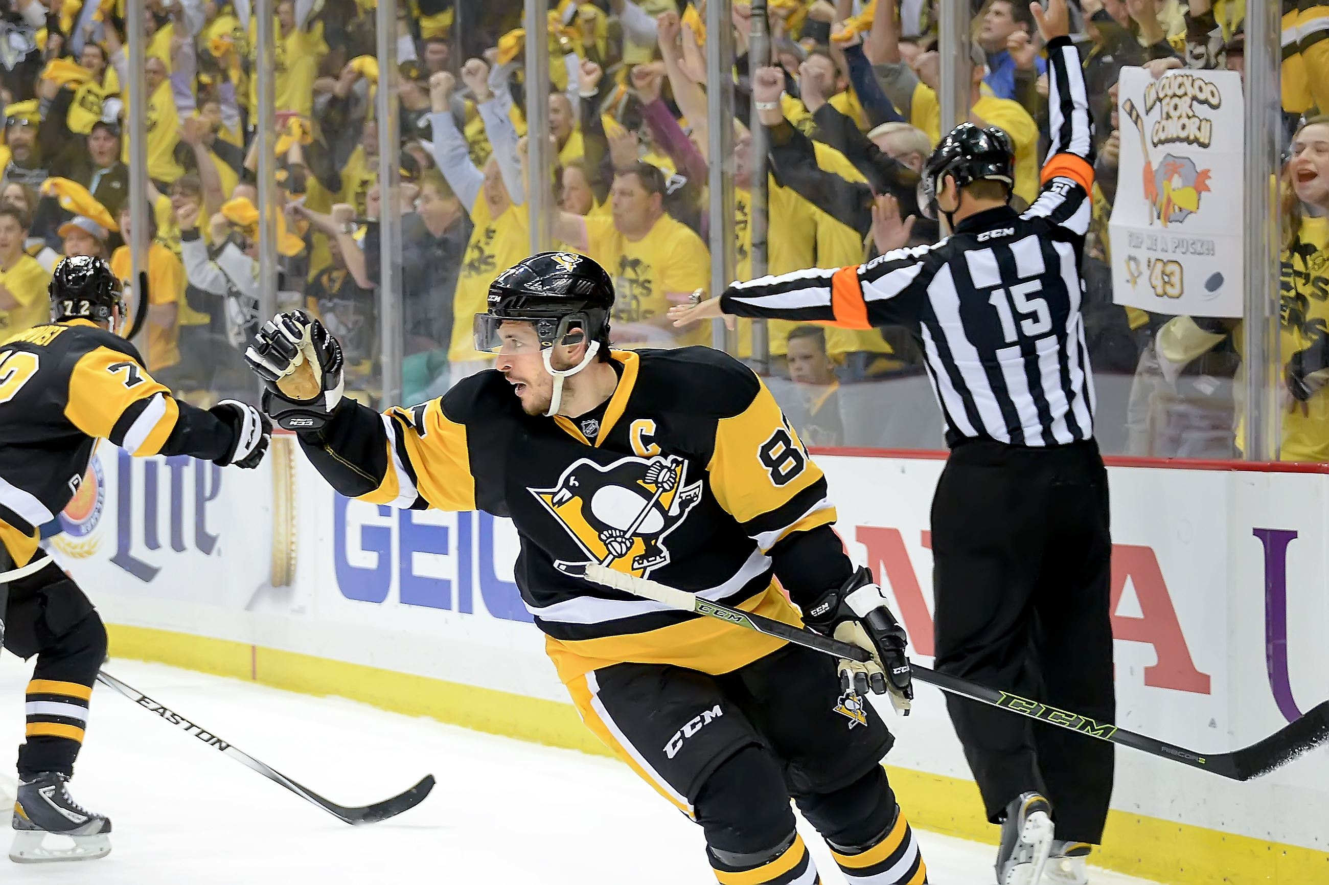 Penguins' Crosby a finalist for Hart Trophy