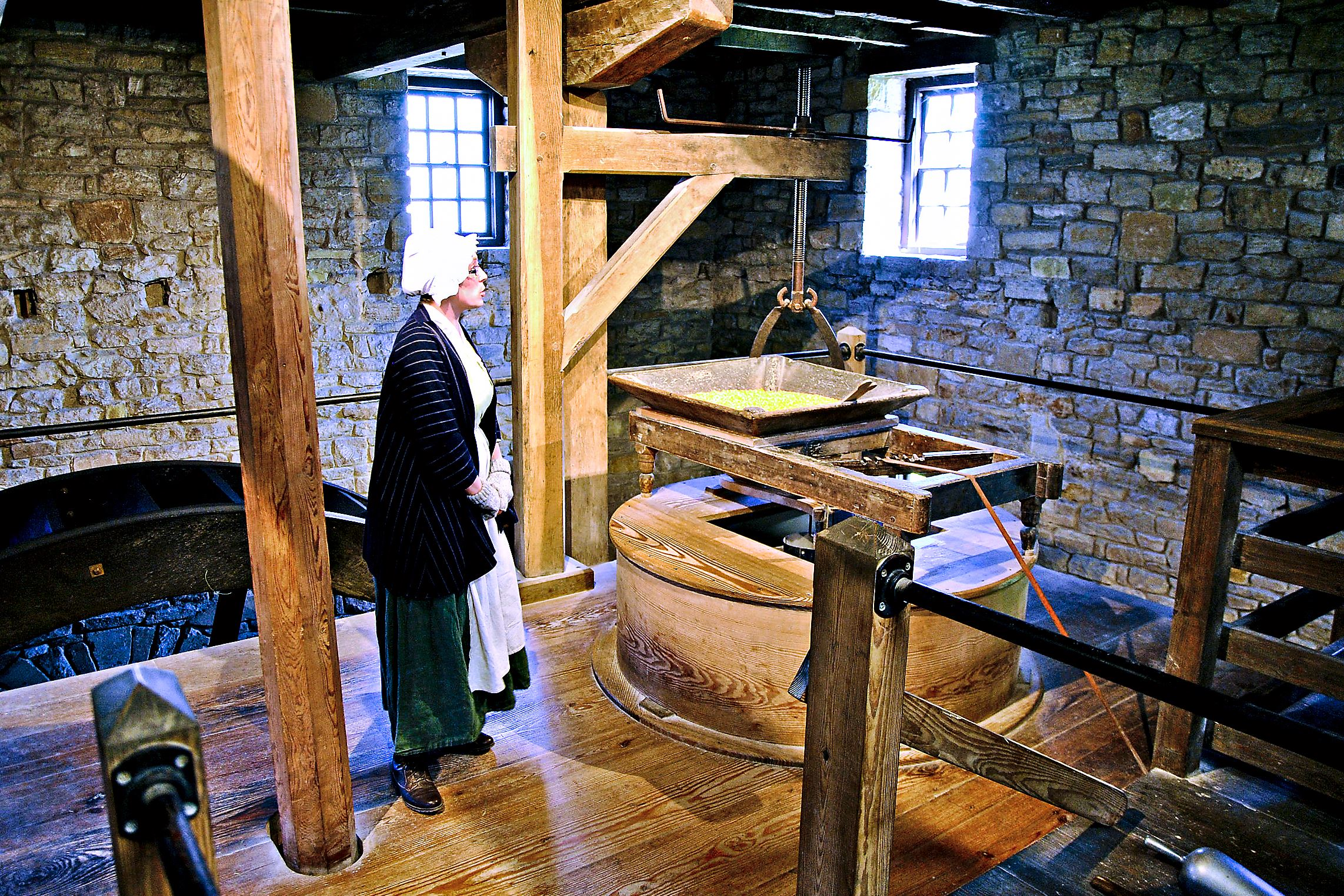 gristmill0518_grist_mill_mt_vernon A visit to George Washington's reconstructed gristmill at Mount Vernon includes demonstrations by millers in early-American attire.