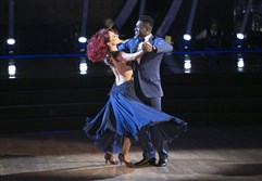 "Steelers' Antonio Brown and Sharna Burgess waltz into ""Dancing With the Stars"" semifinals round."