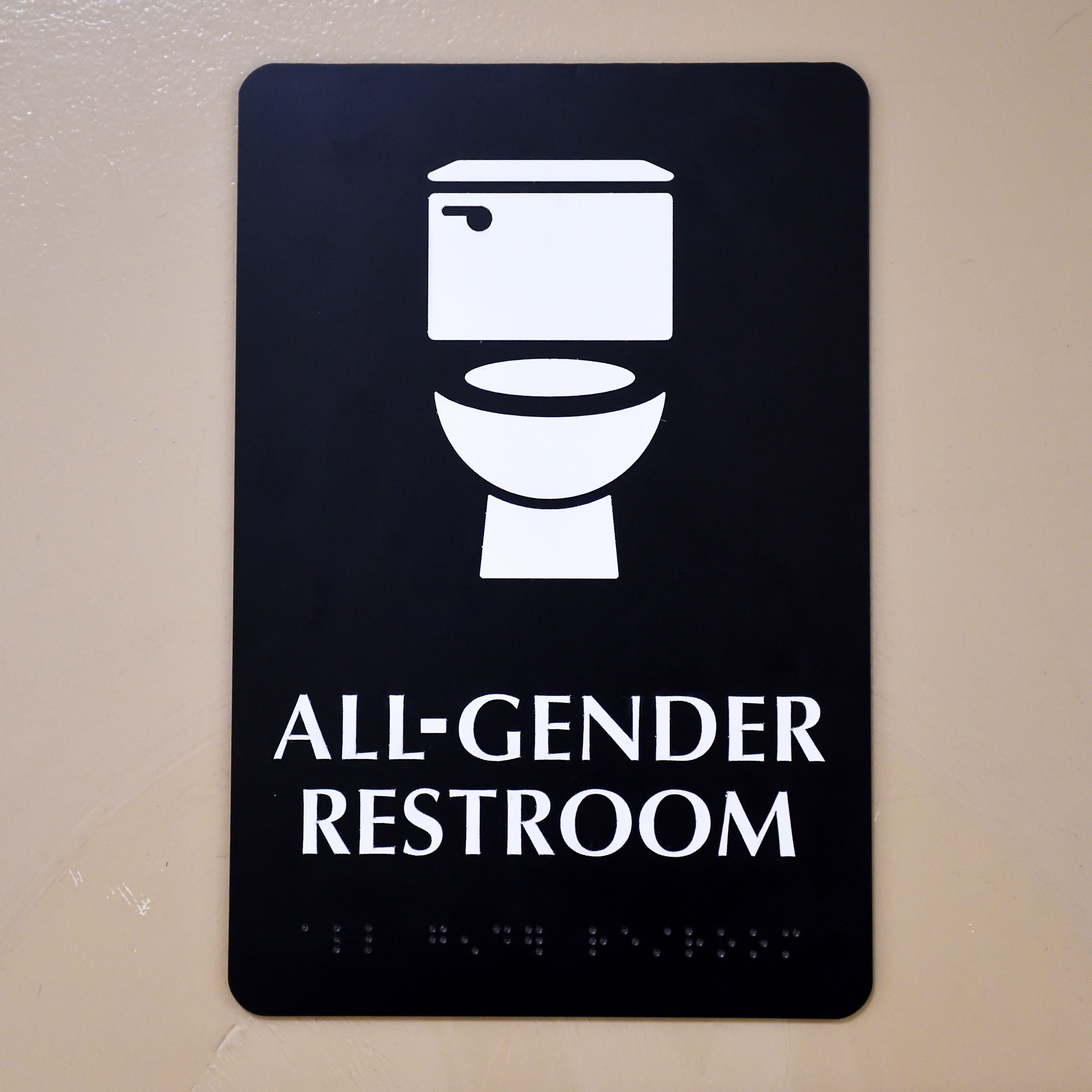 Virginia school board takes transgender bathroom case to Supreme Court