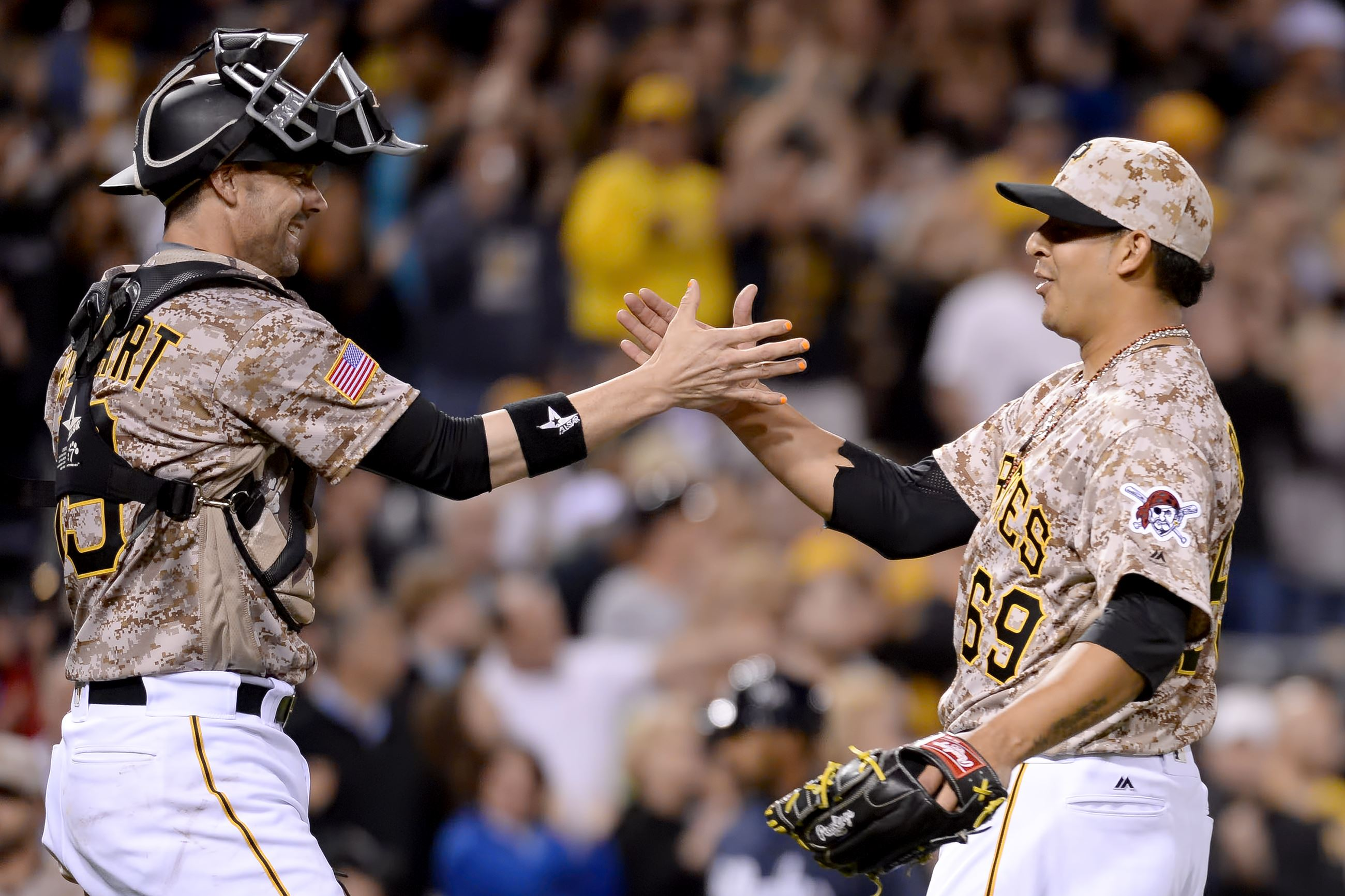 Vogelsong leaves after being hit in head