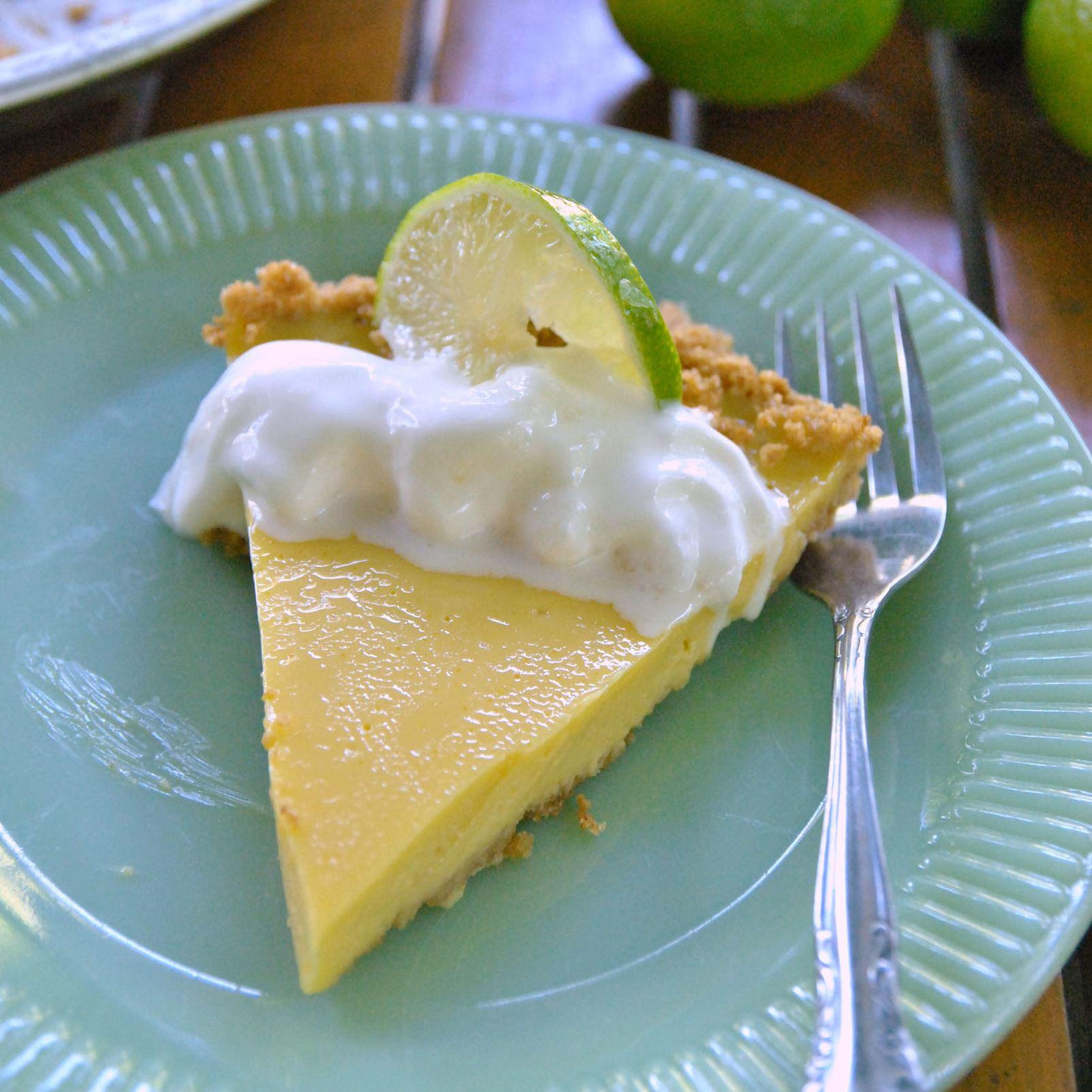 beachcookbooks0601_key_lime Key Lime Pie