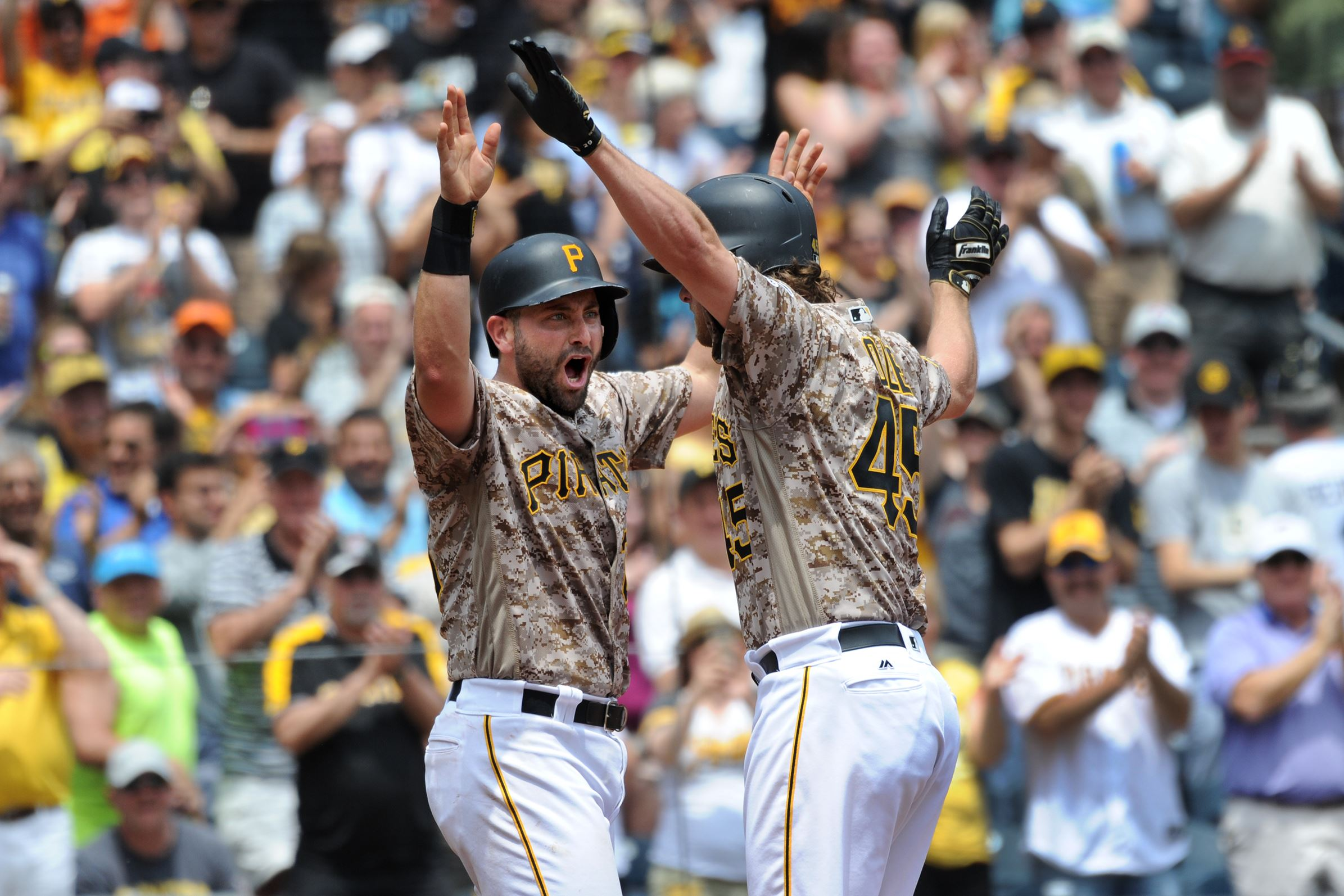 Pirates notebook: As pain subsides, Cervelli rejoins team
