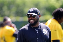 Mike Tomlin at practice last week on the South Side.