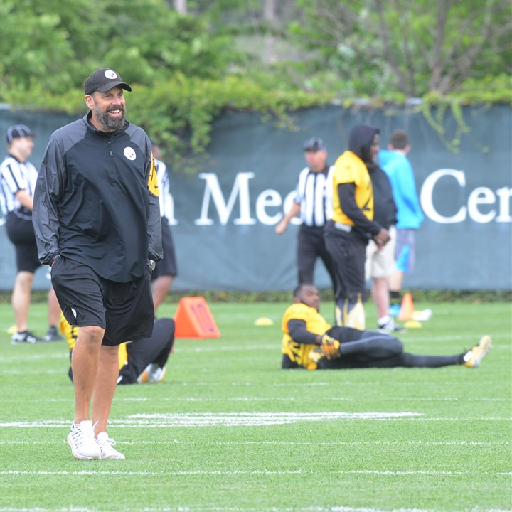 On the Steelers: Offensive coordinator reaches deep into bag ag…