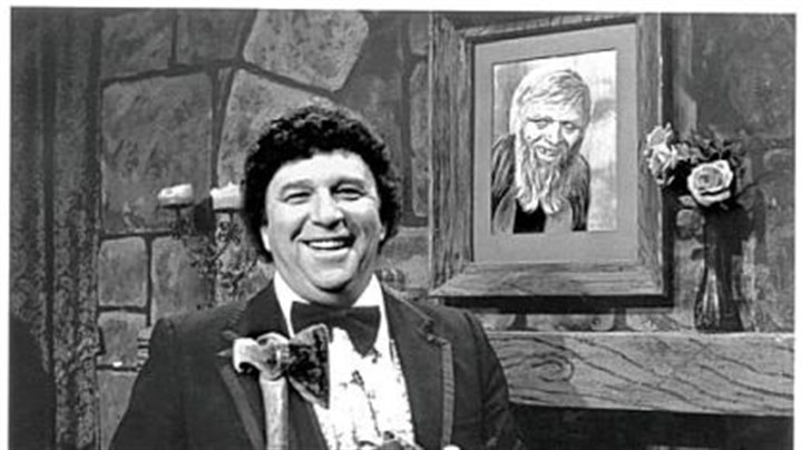 "Chilly Billy Cardille From 1963 until 1983, Chilly Billy Cardille hosted ""Chiller Theater"" on Saturday nights on Channel 11."