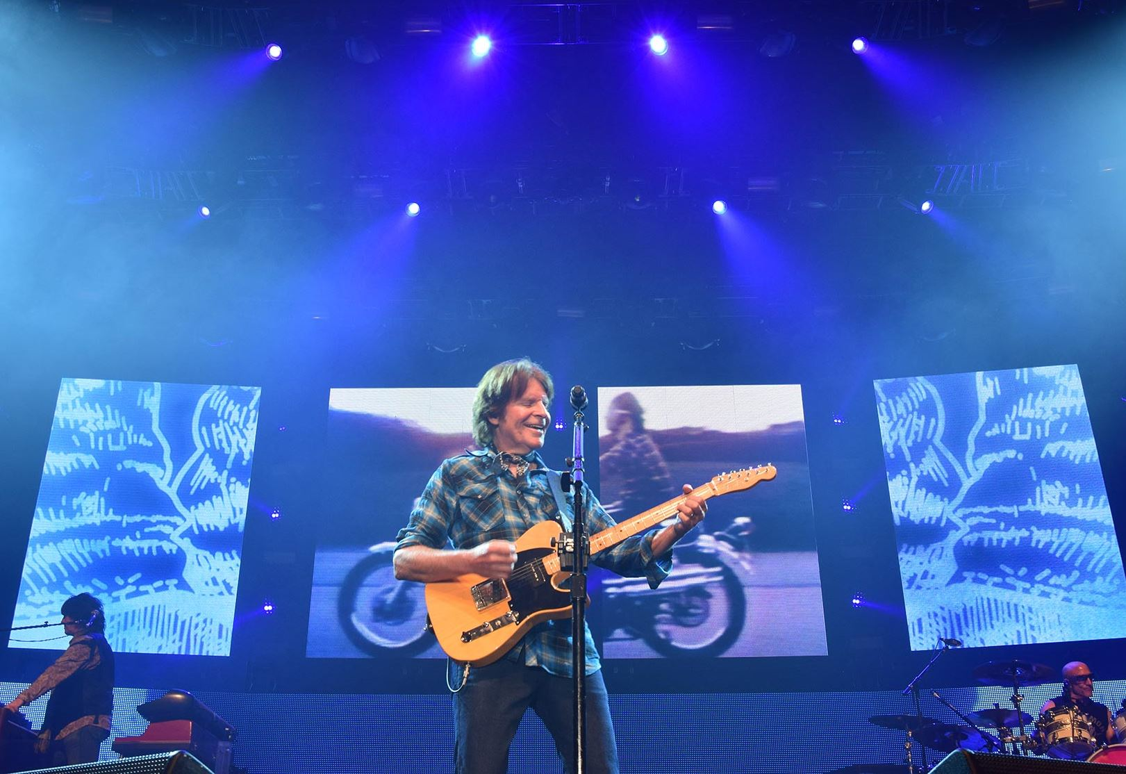 concert review john fogerty brings the bayou to the meadows pittsburgh post gazette. Black Bedroom Furniture Sets. Home Design Ideas