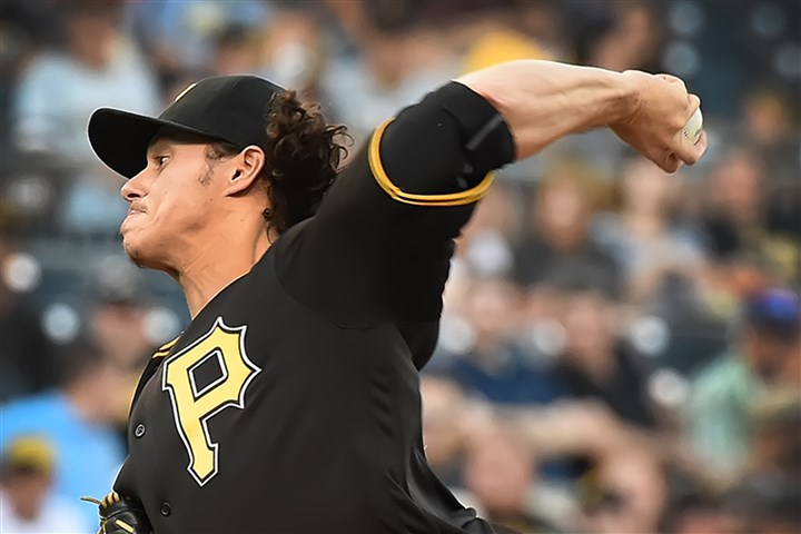 Locke struggles in short outing, Pirates lose to Brewers, 9-5