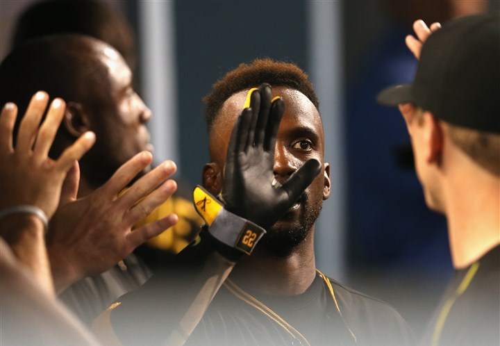 Pittsburgh-pirates-v-los-angeles-dodgers-4