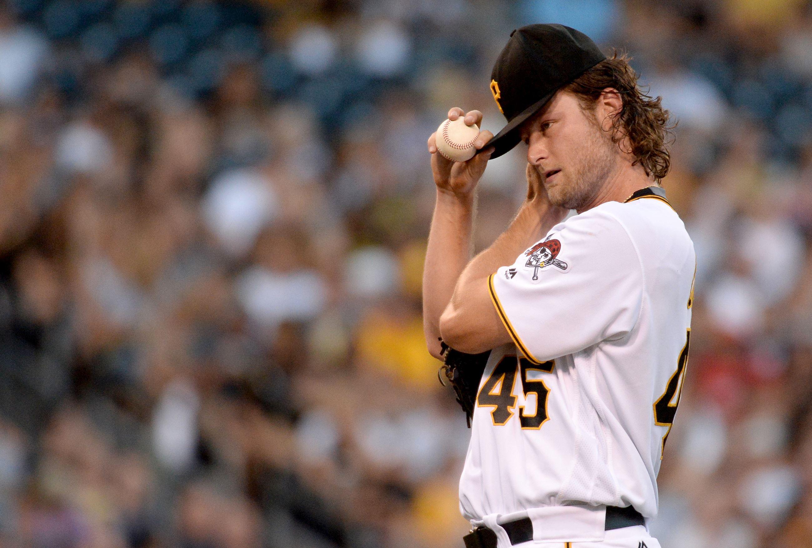 Pirates lose series opener to Marlins, 6-5
