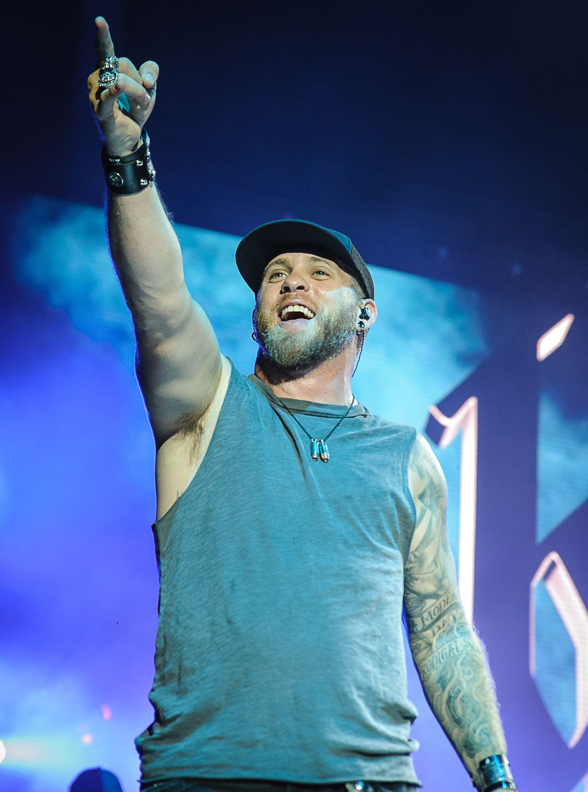 Music Review Brantley Gilbert Brings A Metal Edge To His