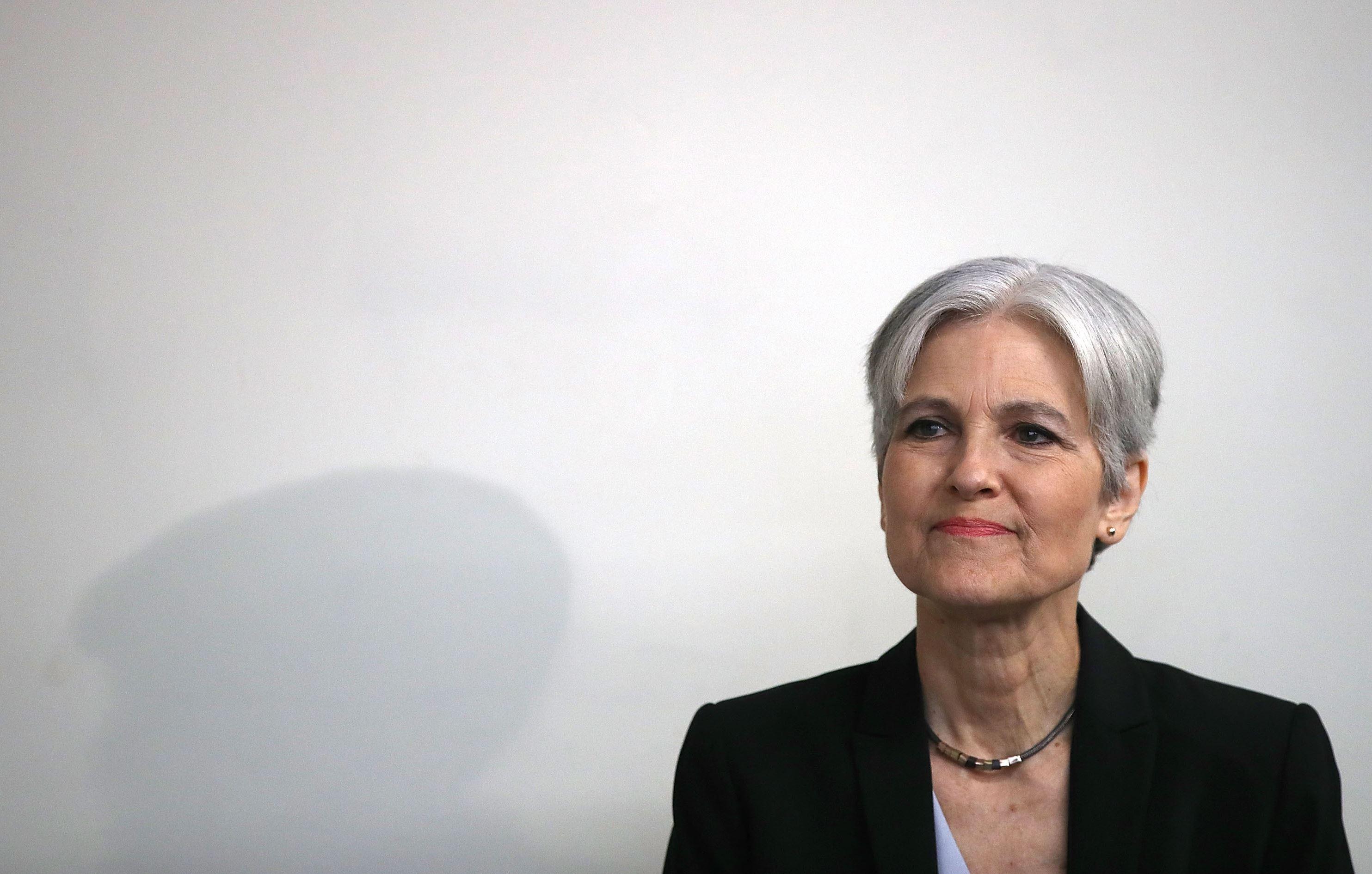 Clinton campaign will participate in vote recounts