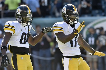 Antonio Brown and Eli Rogers dance to pregame music before taking on the Eagles Sunday at Lincoln Financial Field.