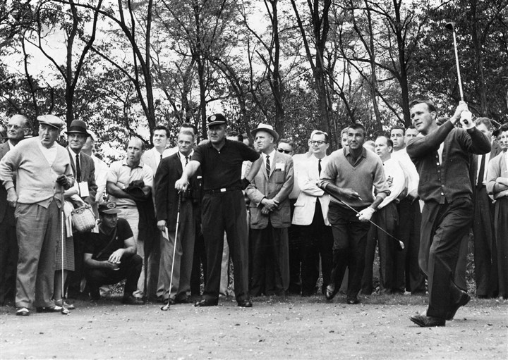 Arnold0926d-3 Arnold Palmer driving off the tee with part of his army behind him in 1960 in Oakmont.
