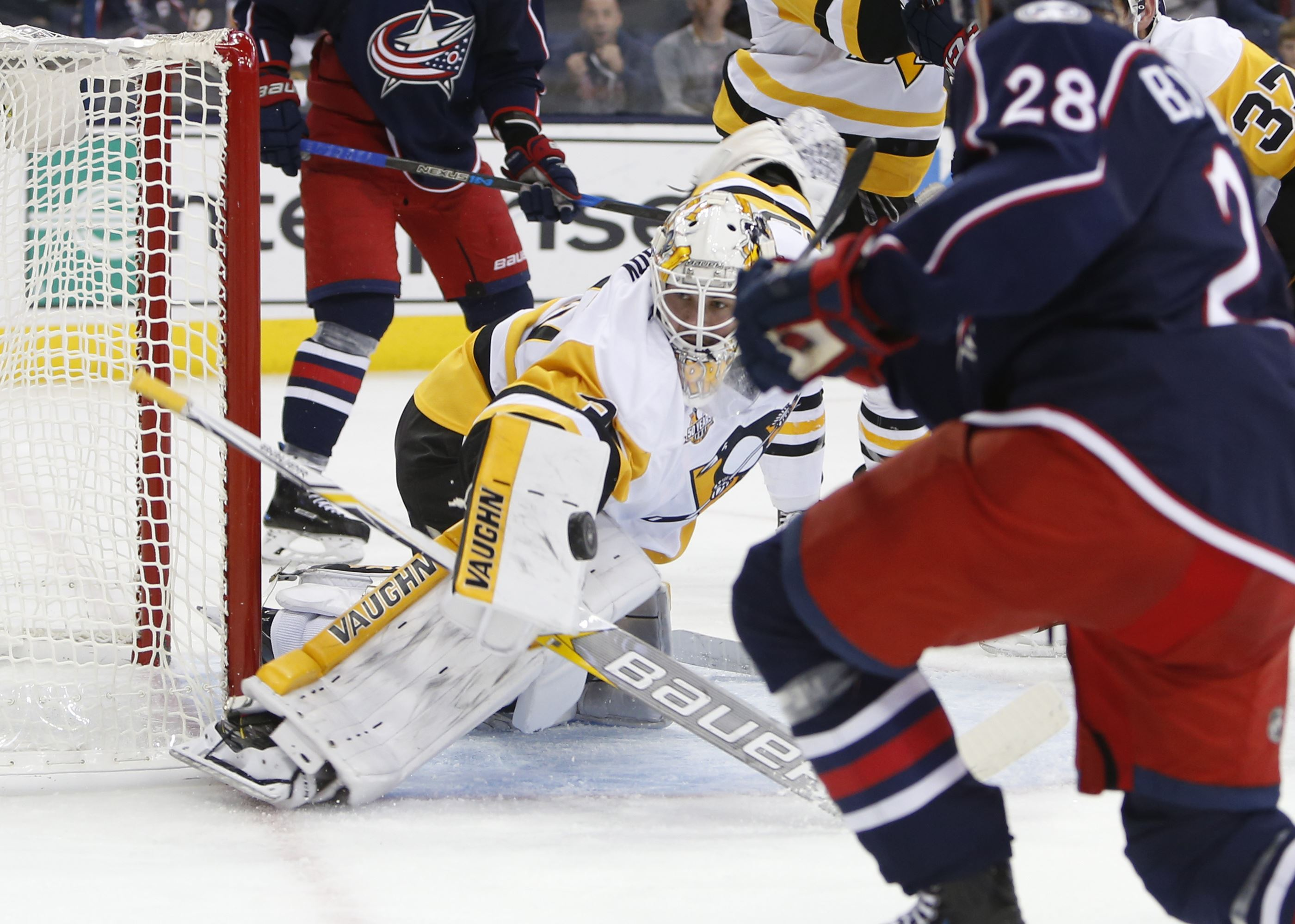 Penguins blank Blue Jackets Jarry continues strong preseason
