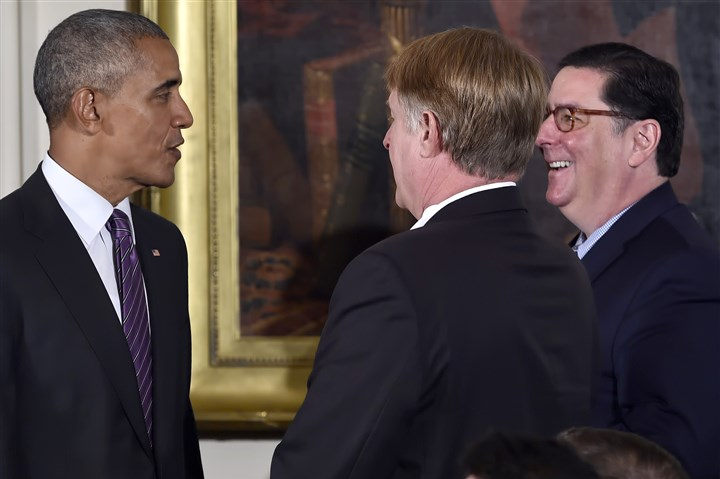 20161006mfwhitehousesports13 President Barack Obama talks with Mayor Bill Peduto and Allegheny County Chief Executive Rich Fitzgerald during the Penguins' visit to the White House on Thursday.