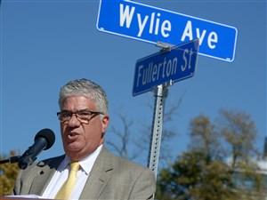 State Sen. Wayne Fontana, D-Brookline.