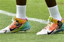 Steelers Antonio Brown honors Jose Fernandez and Kimbo Slice with his practice cleats before taking on the Dolphins on Sunday at Hard Rock Stadium.